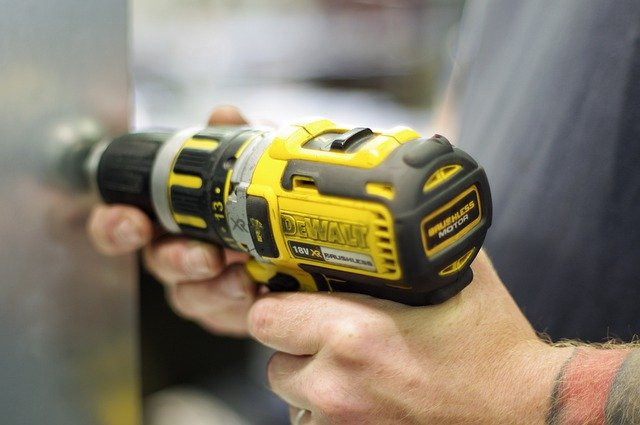 How to Buy a Cordless Drill